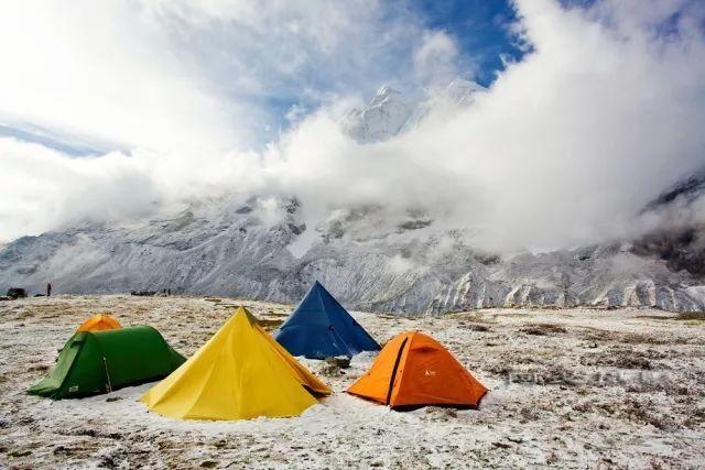 旅游 正文  雪鹰高山户外探险是西藏第一个由专业登山探险人士创建的