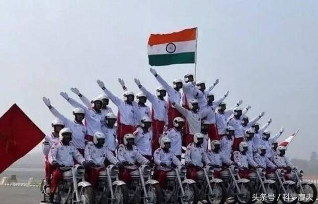 印度其实是军事工业强国的典范,能造航空母舰能登陆火星!