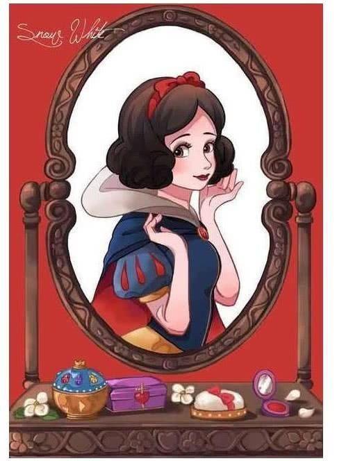 迪士尼公主的专属梳妆台,看到爱丽儿的镜子,网友:大手笔