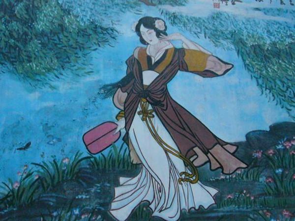 杜牧的一首诗,描写宫女孤寂的生活,萦绕着一股