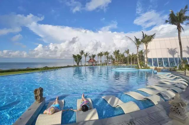 """广东""""巴厘岛""""!超豪酒店,无边泳池,私人沙滩!"""