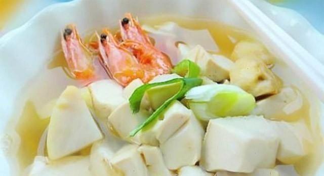 <b>18种家常豆腐汤的做法,营养味美又养生,一年四季都适合吃</b>