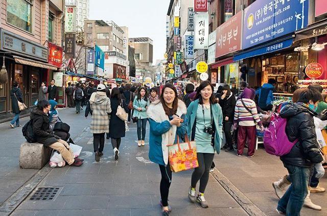 直击朝鲜和韩国社会的现状,朝鲜街道干净无比!