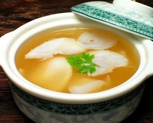 特色鲁菜乌鱼蛋汤的做法滑润爽口酸辣鲜香