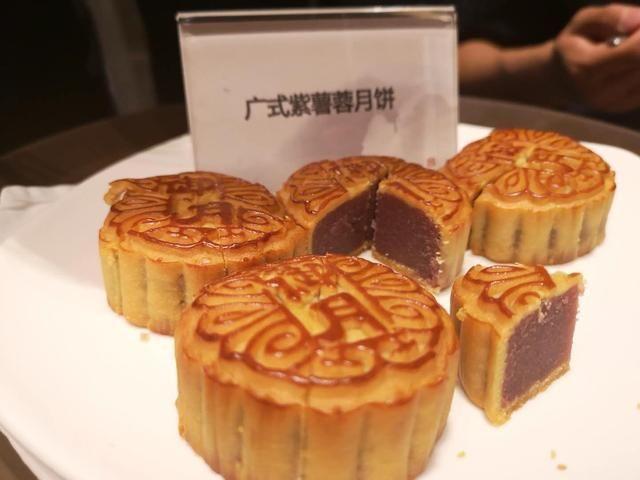 呼和浩特富力万达文华酒店隆重举办2018中秋月饼品鉴会