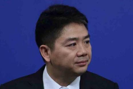 刘强东正式遭起诉,女方指控6项罪名,京东坚信刘强东是无辜的