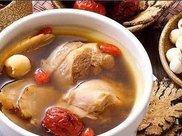 """秋冬进补,怎能少了这锅""""鸟""""汤!汤甜暖身肉鲜嫩,比鸭汤还滋补"""